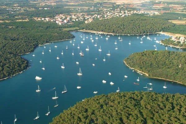 istria 4 istria-3-catamaran-rent-croatia-catamaran-holidays-catamarancity-catamaran-hire-croatia-catamaran-lagoon-catamaran-sunreef-catamaran-crewed-catamaran-catamaran-charter