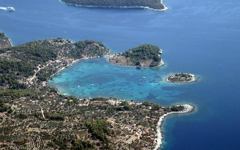vela luka catamaran charter Croatia Catamaran rent Croatia skippered yacht cruise sailboat multihull vessel sailing holidays Adriatic