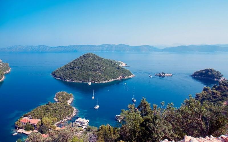 Mljet catamaran charter Croatia Catamaran rent Croatia skippered yacht cruise sailboat multihull vessel sailing holidays Adriatic