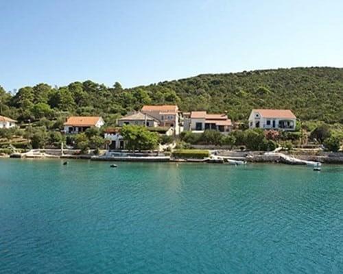 molat catamaran rent croatia-catamaran holidays- catamarancity- catamaran hire-croatia catamaran- lagoon catamaran-sunreef catamaran-crewed catamaran-catamaran charter