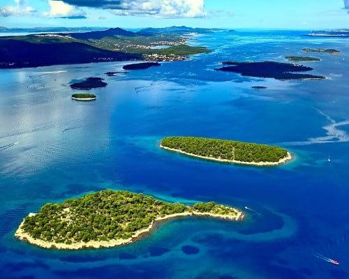 kanal pasman catamaran rent croatia-catamaran holidays- catamarancity- catamaran hire-croatia catamaran- lagoon catamaran-sunreef catamaran-crewed catamaran-catamaran charter